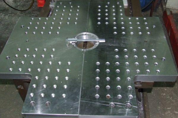 mold-platensA5F33D84-E535-093A-9D13-986815988863.jpg